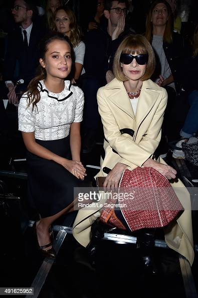 Actress Alicia Vikander and Anna Wintour attend the Louis Vuitton show as part of the Paris Fashion Week Womenswear Spring/Summer 2016 on October 7...