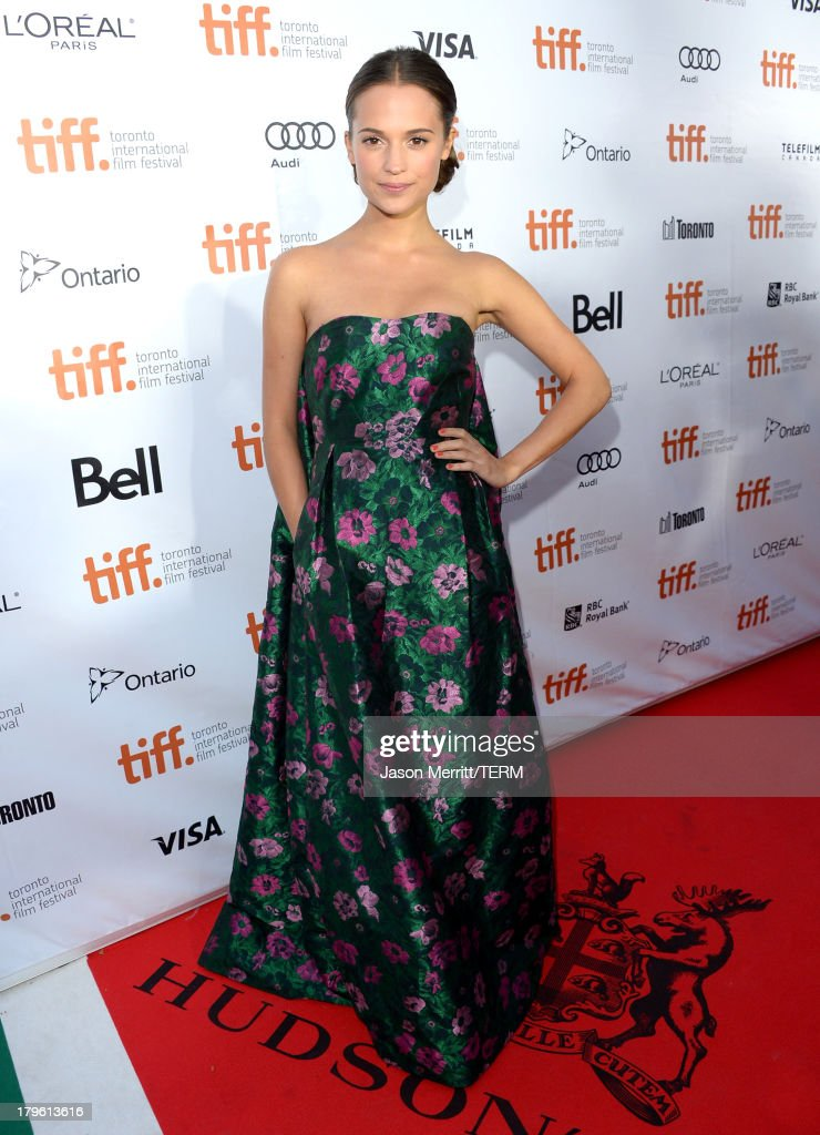 Actress <a gi-track='captionPersonalityLinkClicked' href=/galleries/search?phrase=Alicia+Vikander&family=editorial&specificpeople=7246025 ng-click='$event.stopPropagation()'>Alicia Vikander</a> arrives at 'The Fifth Estate' premiere during the 2013 Toronto International Film Festival on September 5, 2013 in Toronto, Canada.