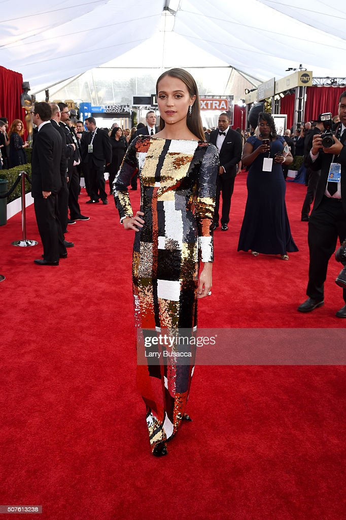 Actress <a gi-track='captionPersonalityLinkClicked' href=/galleries/search?phrase=Alicia+Vikander&family=editorial&specificpeople=7246025 ng-click='$event.stopPropagation()'>Alicia Vikander</a> attends The 22nd Annual Screen Actors Guild Awards at The Shrine Auditorium on January 30, 2016 in Los Angeles, California. 25650_014