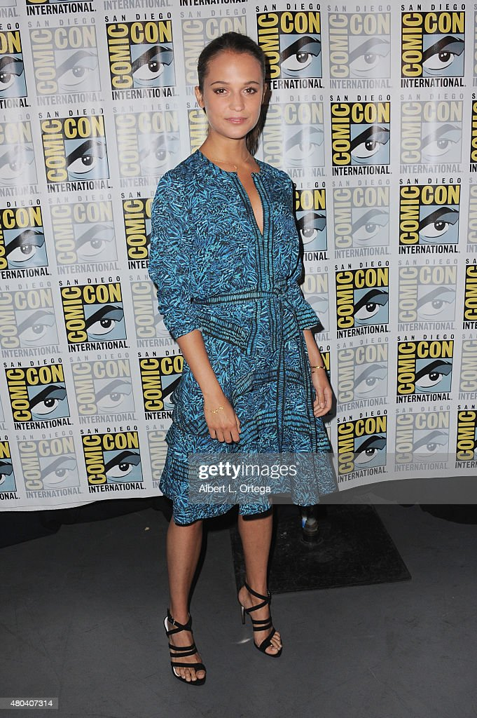 Actress <a gi-track='captionPersonalityLinkClicked' href=/galleries/search?phrase=Alicia+Vikander&family=editorial&specificpeople=7246025 ng-click='$event.stopPropagation()'>Alicia Vikander</a> attends the Warner Bros. 'The Man from U.N.C.L.E.' presentation during Comic-Con International 2015 at the San Diego Convention Center on July 11, 2015 in San Diego, California.