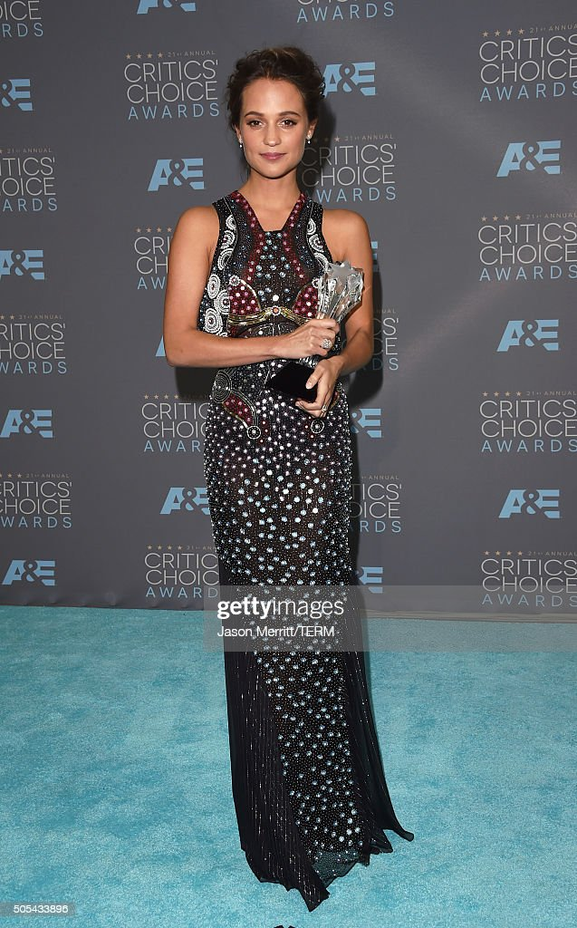 Actress Alicia Vikander winner of Best Supporting Actress for 'The Danish Girl' poses in the press room during the 21st Annual Critics' Choice Awards...