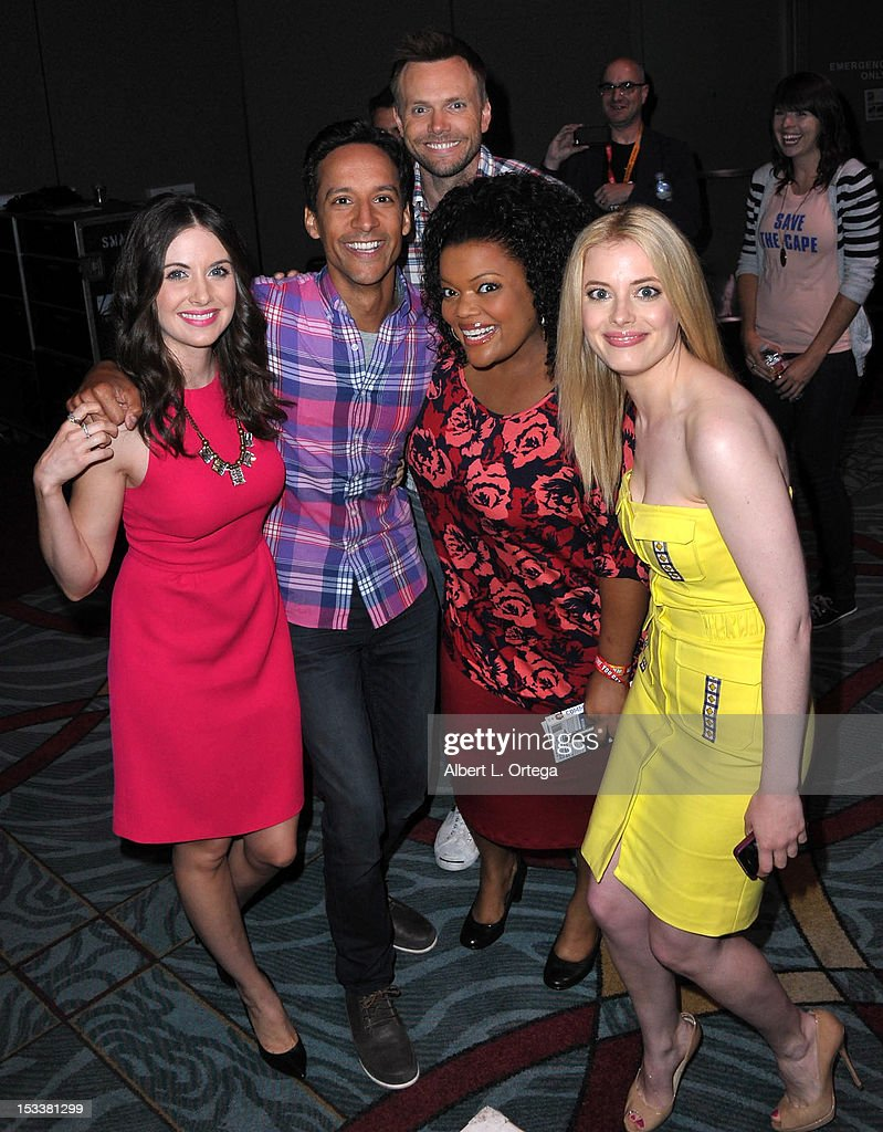 Actress <a gi-track='captionPersonalityLinkClicked' href=/galleries/search?phrase=Alison+Brie&family=editorial&specificpeople=5447578 ng-click='$event.stopPropagation()'>Alison Brie</a>, actor <a gi-track='captionPersonalityLinkClicked' href=/galleries/search?phrase=Danny+Pudi&family=editorial&specificpeople=6106772 ng-click='$event.stopPropagation()'>Danny Pudi</a>, actor <a gi-track='captionPersonalityLinkClicked' href=/galleries/search?phrase=Joel+McHale&family=editorial&specificpeople=754384 ng-click='$event.stopPropagation()'>Joel McHale</a>, actress <a gi-track='captionPersonalityLinkClicked' href=/galleries/search?phrase=Yvette+Nicole+Brown&family=editorial&specificpeople=4420097 ng-click='$event.stopPropagation()'>Yvette Nicole Brown</a> and actress <a gi-track='captionPersonalityLinkClicked' href=/galleries/search?phrase=Gillian+Jacobs&family=editorial&specificpeople=4836757 ng-click='$event.stopPropagation()'>Gillian Jacobs</a> participate in 'Community' - School is Back In Session Panel - Comic-Con International 2012 held at San Diego Convention Center on July 12, 2012 in San Diego, California.