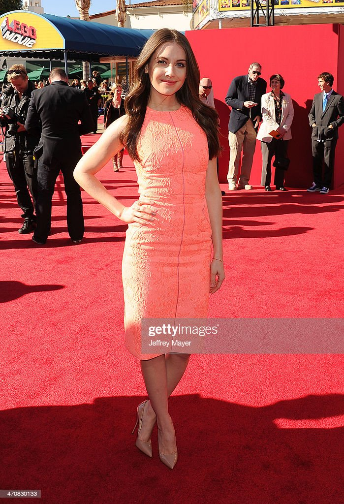 Actress <a gi-track='captionPersonalityLinkClicked' href=/galleries/search?phrase=Alison+Brie&family=editorial&specificpeople=5447578 ng-click='$event.stopPropagation()'>Alison Brie</a> arrives at the Los Angeles premiere of 'The Lego Movie' held at Regency Village Theatre on February 1, 2014 in Westwood, California.