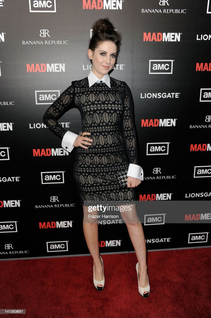 Actress <a gi-track='captionPersonalityLinkClicked' href=/galleries/search?phrase=Alison+Brie&family=editorial&specificpeople=5447578 ng-click='$event.stopPropagation()'>Alison Brie</a> arrives at the Premiere of AMC's 'Mad Men' Season 5 at ArcLight Cinemas on March 14, 2012 in Hollywood, California.