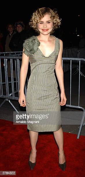 Actress Alison Lohman attends the world premiere of the movie 'The Big Fish' at the Ziegfeld Theater December 4 2003 in New York City
