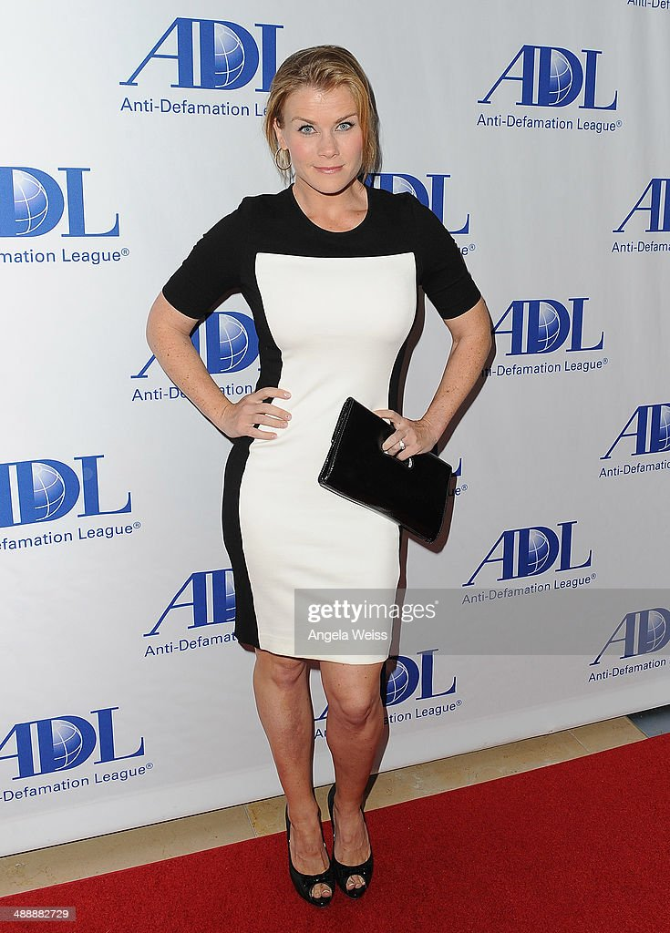 Actress <a gi-track='captionPersonalityLinkClicked' href=/galleries/search?phrase=Alison+Sweeney&family=editorial&specificpeople=217974 ng-click='$event.stopPropagation()'>Alison Sweeney</a> arrives at the Anti-Defamation League entertainment industry dinner honoring Roma Downey and Mark Burnett at The Beverly Hilton Hotel on May 8, 2014 in Beverly Hills, California.