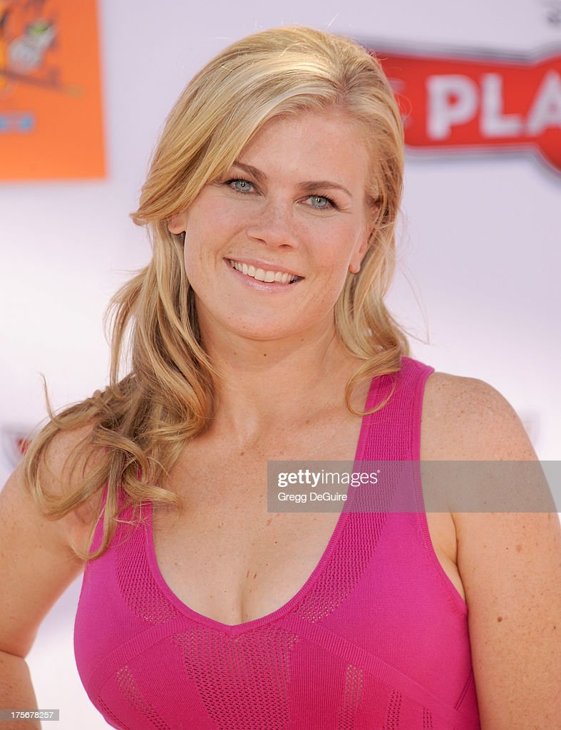 Actress <a gi-track='captionPersonalityLinkClicked' href=/galleries/search?phrase=Alison+Sweeney&family=editorial&specificpeople=217974 ng-click='$event.stopPropagation()'>Alison Sweeney</a> arrives at the Los Angeles premiere of 'Planes' at the El Capitan Theatre on August 5, 2013 in Hollywood, California.