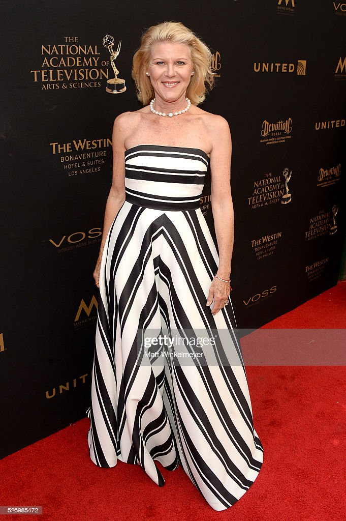 Actress <a gi-track='captionPersonalityLinkClicked' href=/galleries/search?phrase=Alley+Mills&family=editorial&specificpeople=665148 ng-click='$event.stopPropagation()'>Alley Mills</a> walks the red carpet at the 43rd Annual Daytime Emmy Awards at the Westin Bonaventure Hotel on May 1, 2016 in Los Angeles, California.
