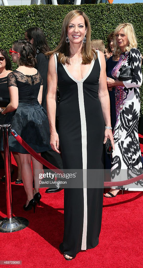 Actress <a gi-track='captionPersonalityLinkClicked' href=/galleries/search?phrase=Allison+Janney&family=editorial&specificpeople=206290 ng-click='$event.stopPropagation()'>Allison Janney</a> attends the 2014 Creative Arts Emmy Awards at the Nokia Theatre L.A. Live on August 16, 2014 in Los Angeles, California.