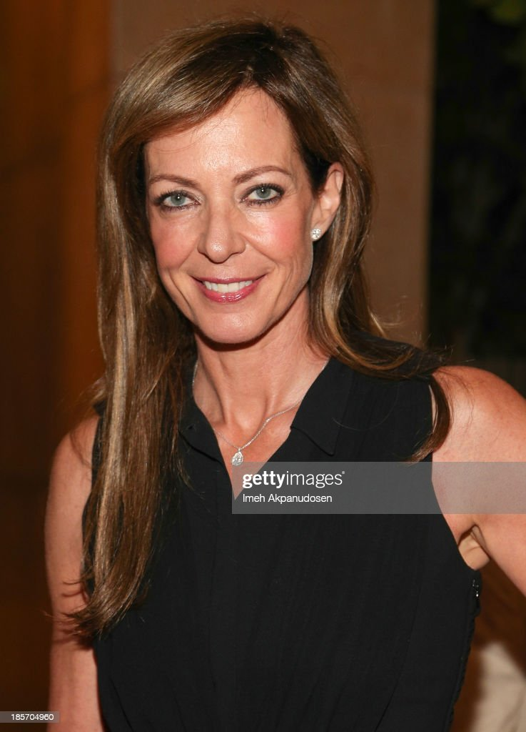 Actress <a gi-track='captionPersonalityLinkClicked' href=/galleries/search?phrase=Allison+Janney&family=editorial&specificpeople=206290 ng-click='$event.stopPropagation()'>Allison Janney</a> attends the STARS 2013 Benefit Gala By The Fulfillment Fund at The Beverly Hilton Hotel on October 23, 2013 in Beverly Hills, California.