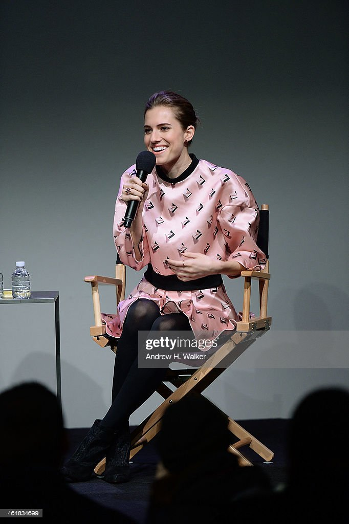 allison single girls In season 2 of girls, the show about four 20-somethings living in new york city, life gets messier for allison williams' character, marnie the first half of season.