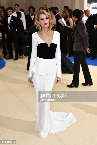 Actress Allison Williams attends 'Rei Kawakubo/Comme des Garcons Art Of The InBetween' Costume Institute Gala at Metropolitan Museum of Art on May 1...