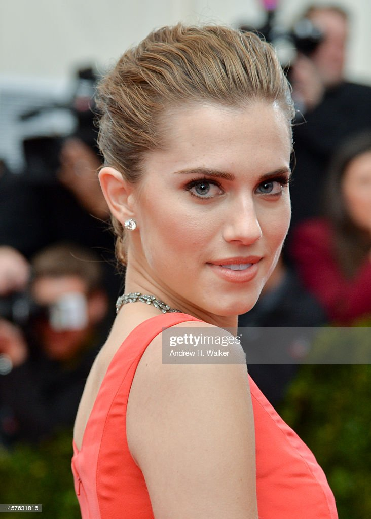 Actress Allison Williams attends the 'Charles James: Beyond Fashion' Costume Institute Gala at the Metropolitan Museum of Art on May 5, 2014 in New York City.