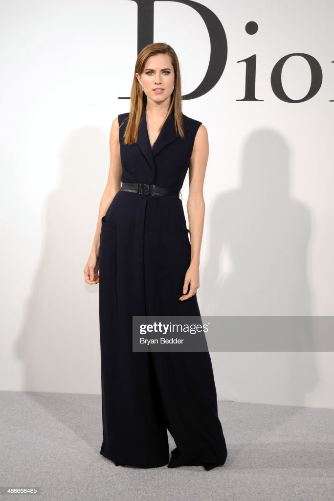 Actress <a gi-track='captionPersonalityLinkClicked' href=/galleries/search?phrase=Allison+Williams+-+Actress&family=editorial&specificpeople=594198 ng-click='$event.stopPropagation()'>Allison Williams</a> attends the Christian Dior Cruise 2015 Show on May 7, 2014 in Brooklyn, New York City.