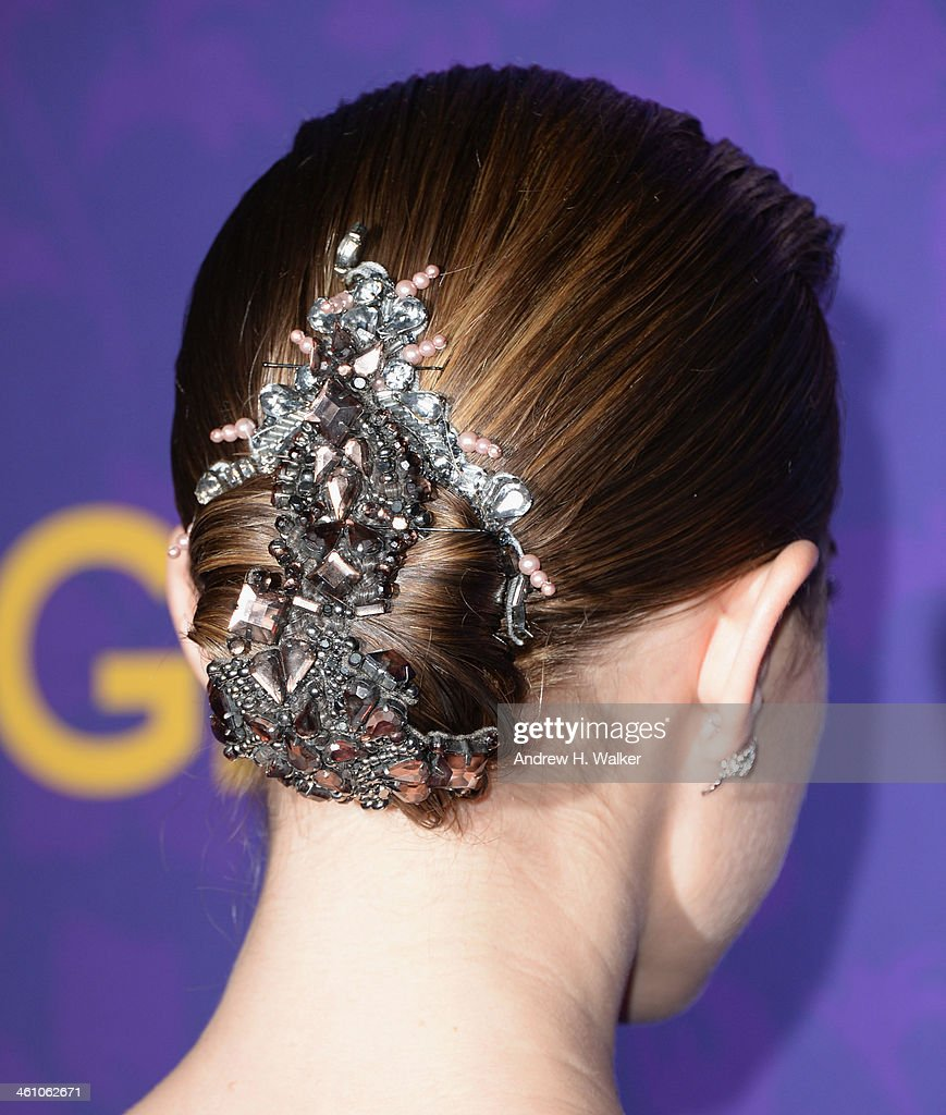 Actress Allison Williams (fashion detail) attends the 'Girls' season three premiere at Jazz at Lincoln Center on January 6, 2014 in New York City.