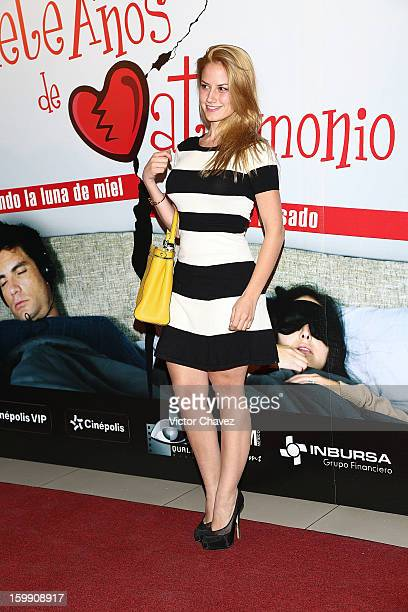Actress Altair Jarabo attends the '7 Años de Matrimonio' Mexico City premiere red carpet at Plaza Carso on January 22 2013 in Mexico City Mexico
