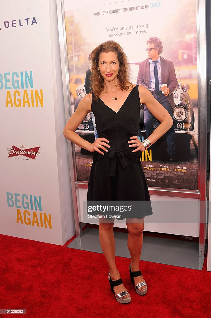 Actress <a gi-track='captionPersonalityLinkClicked' href=/galleries/search?phrase=Alysia+Reiner&family=editorial&specificpeople=655685 ng-click='$event.stopPropagation()'>Alysia Reiner</a> attends the New York premiere of the Weinstein company's BEGIN AGAIN, sponsored by Delta Airlines and Budweiser at SVA Theater on June 25, 2014 in New York City.