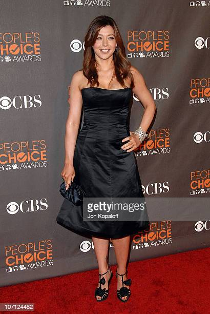 Actress Alyson Hannigan arrives at the People's Choice Awards 2010 Arrivals at Nokia Theatre LA Live on January 6 2010 in Los Angeles California