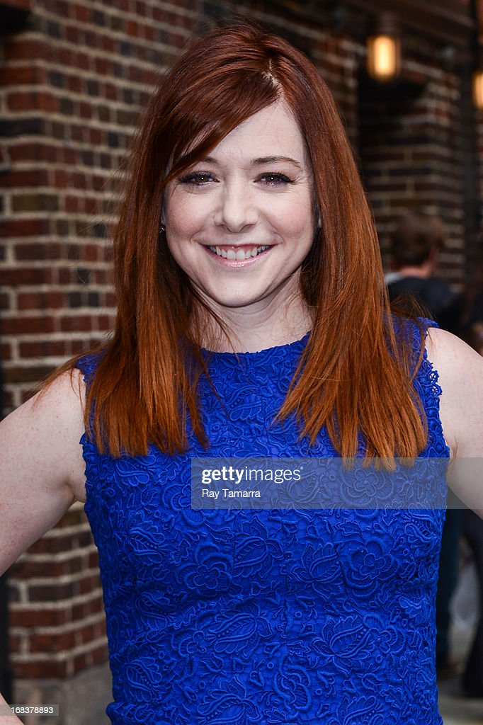 Actress <a gi-track='captionPersonalityLinkClicked' href=/galleries/search?phrase=Alyson+Hannigan&family=editorial&specificpeople=206497 ng-click='$event.stopPropagation()'>Alyson Hannigan</a> enters the 'Late Show With David Letterman' taping at the Ed Sullivan Theater on May 8, 2013 in New York City.
