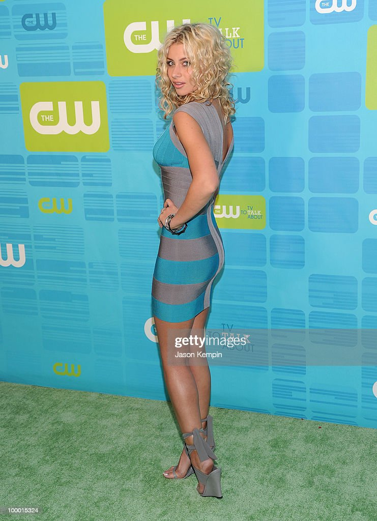 Actress Alyson Michalka attends the 2010 The CW Network UpFront at Madison Square Garden on May 20, 2010 in New York City.
