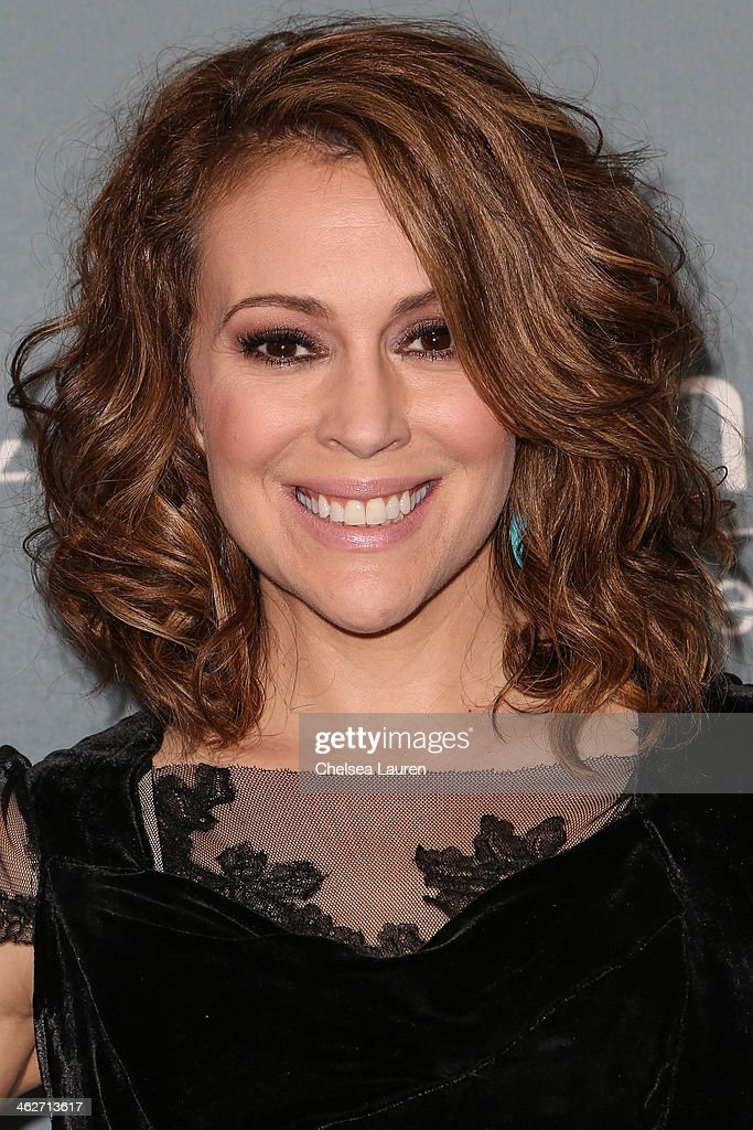 Actress Alyssa Milano arrives at the 2014 UNICEF Ball presented by Baccarat at Regent Beverly Wilshire Hotel on January 14, 2014 in Beverly Hills, California.