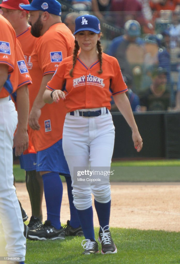 Actress <a gi-track='captionPersonalityLinkClicked' href=/galleries/search?phrase=Alyssa+Milano&family=editorial&specificpeople=203329 ng-click='$event.stopPropagation()'>Alyssa Milano</a> attends the Taco Bell All-Star Legends & Celebrity Softball Game at Citi Field on July 14, 2013 in New York City.