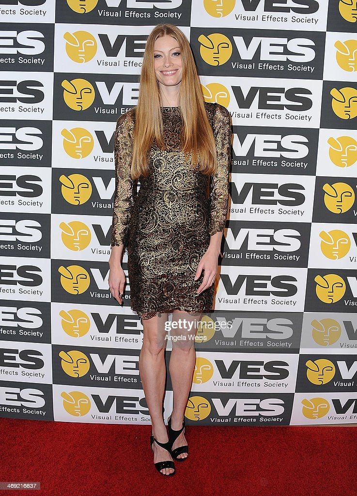 Actress <a gi-track='captionPersonalityLinkClicked' href=/galleries/search?phrase=Alyssa+Sutherland&family=editorial&specificpeople=213540 ng-click='$event.stopPropagation()'>Alyssa Sutherland</a> attends the Visual Effects Society's 12th Annual VES Awards at The Beverly Hilton Hotel on February 12, 2014 in Beverly Hills, California.