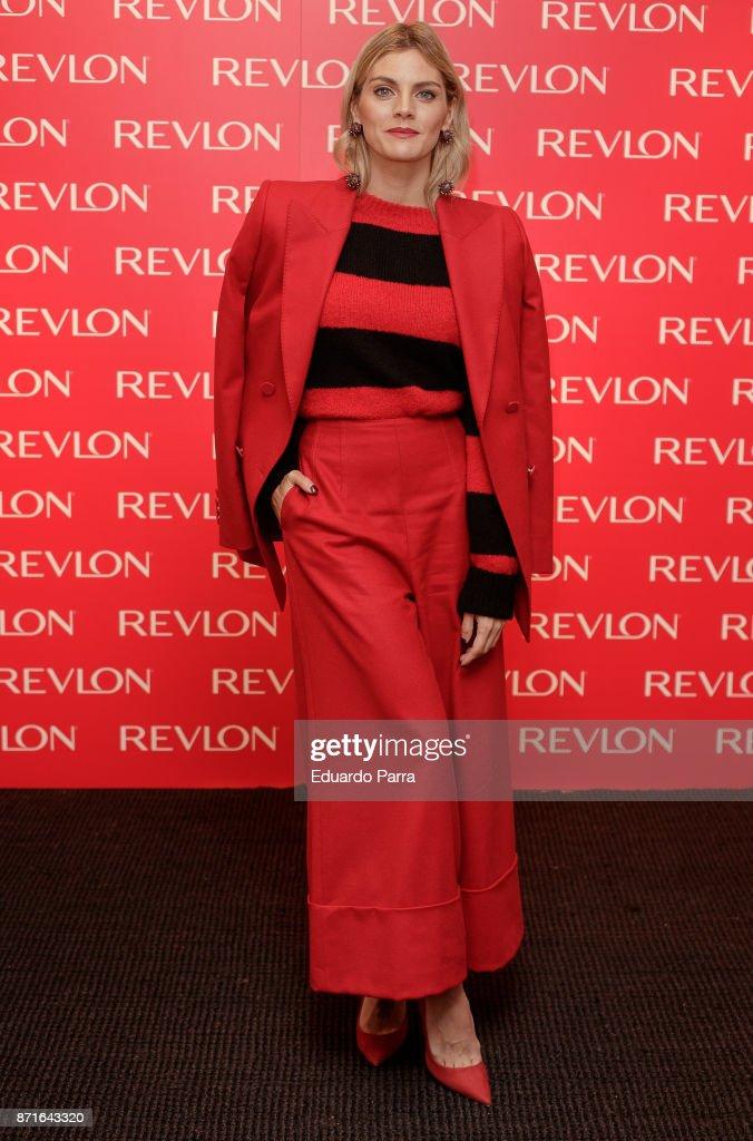 Amaia Salamanca Presents Revlon New Products