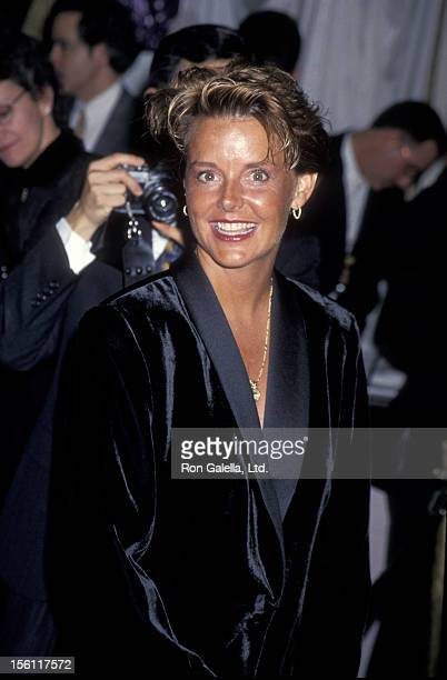 Amanda Bearse Nude Photos 94