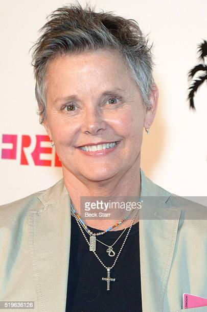 Amanda Bearse Nude Photos 76