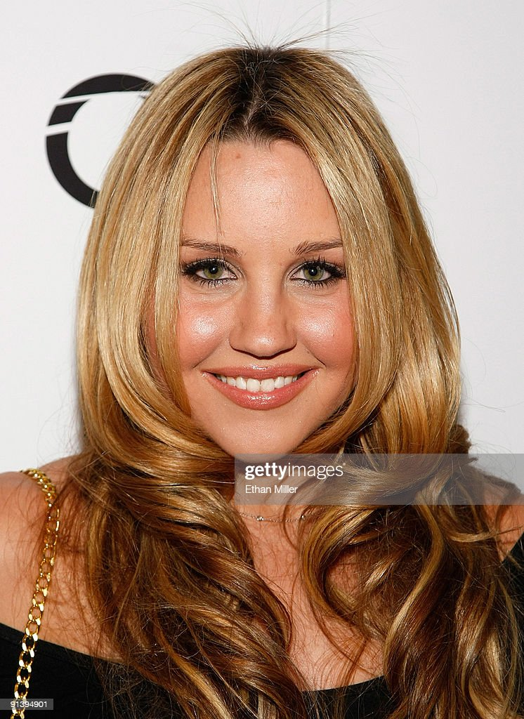 Actress Amanda Bynes arrives at the Tao Nightclub at the Venetian Resort Hotel Casino during the club's four-year anniversary party October 3, 2009 in Las Vegas, Nevada.