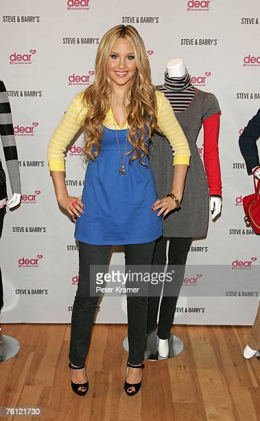 Actress Amanda Bynes makes an appearance at Steve Barry's in Herald Square to unveil her new clothing line 'Dear' on August 16 2007 in New York City
