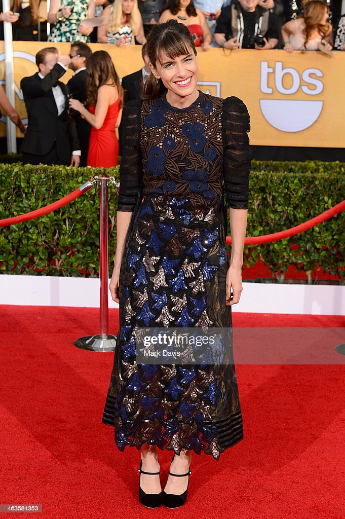 Actress <a gi-track='captionPersonalityLinkClicked' href=/galleries/search?phrase=Amanda+Peet&family=editorial&specificpeople=201910 ng-click='$event.stopPropagation()'>Amanda Peet</a> attends 20th Annual Screen Actors Guild Awards at The Shrine Auditorium on January 18, 2014 in Los Angeles, California.