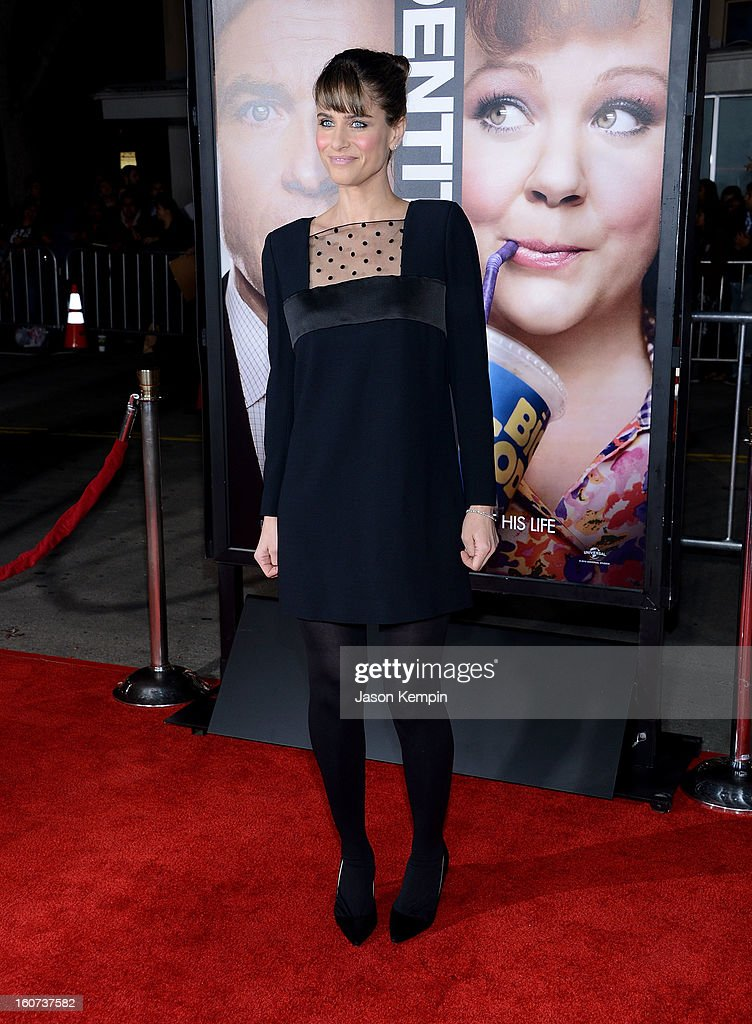Actress Amanda Peet attends the Premiere Of Universal Pictures' 'Identity Thief' on February 4, 2013 in Westwood, California.