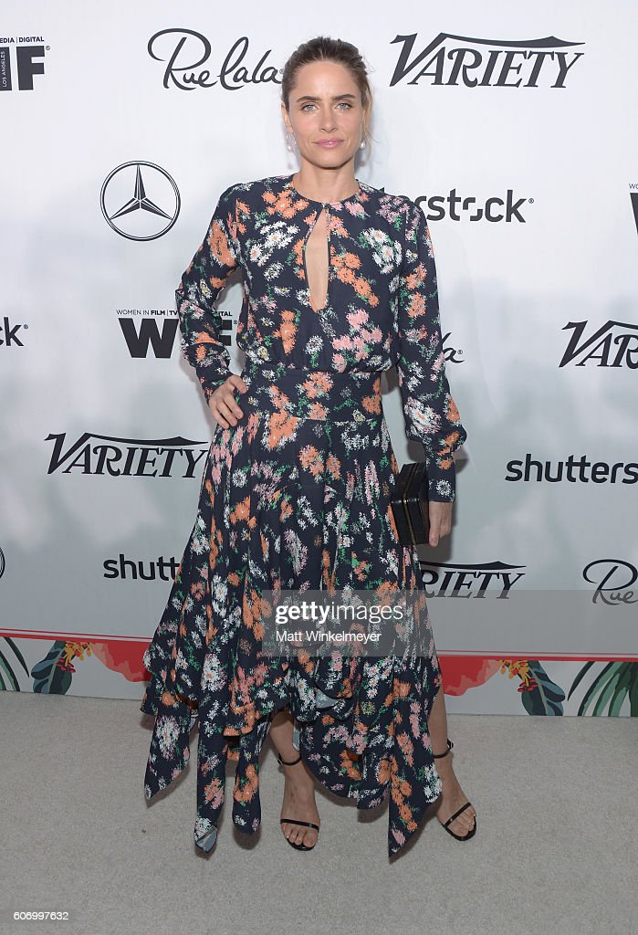 actress-amanda-peet-attends-variety-and-women-in-films-preemmy-at-picture-id606997632