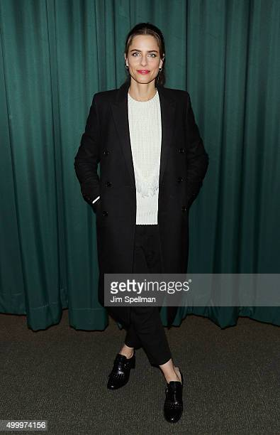 Actress Amanda Peet signs copies of their book 'Dear Santa Love Rachel Rosenstein' at Barnes Noble 82nd Street on December 4 2015 in New York City