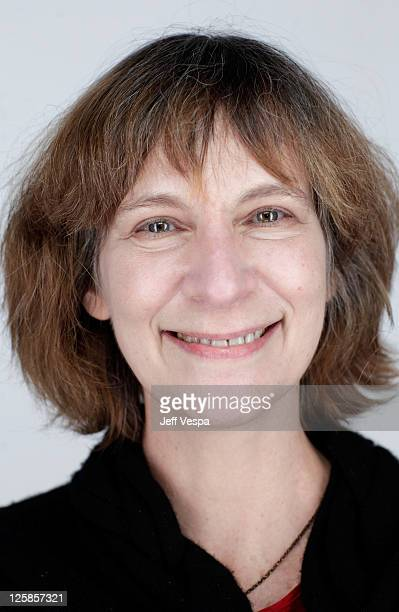 Amanda Plummer Stock Photos and Pictures | Getty Images