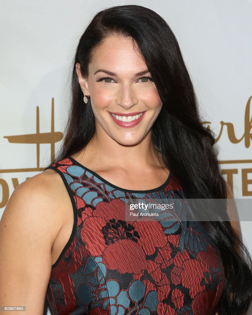 Actress Amanda Righetti attends the Hallmark Channel And Hallmark Movies And Mysteries 2017 Summer TCA Tour at on July 27, 2017 in Beverly Hills, California.