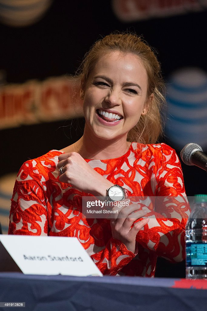 Actress Amanda Schull attends the '12 Monkeys' panel during New York Comic-Con Day 1 at The Jacob K. Javits Convention Center on October 8, 2015 in New York City.