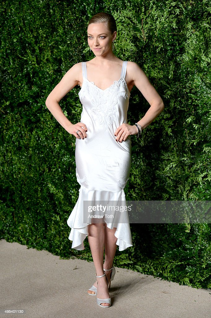 Actress <a gi-track='captionPersonalityLinkClicked' href=/galleries/search?phrase=Amanda+Seyfried&family=editorial&specificpeople=216619 ng-click='$event.stopPropagation()'>Amanda Seyfried</a> attends the 12th annual CFDA/Vogue Fashion Fund Awards at Spring Studios on November 2, 2015 in New York City.