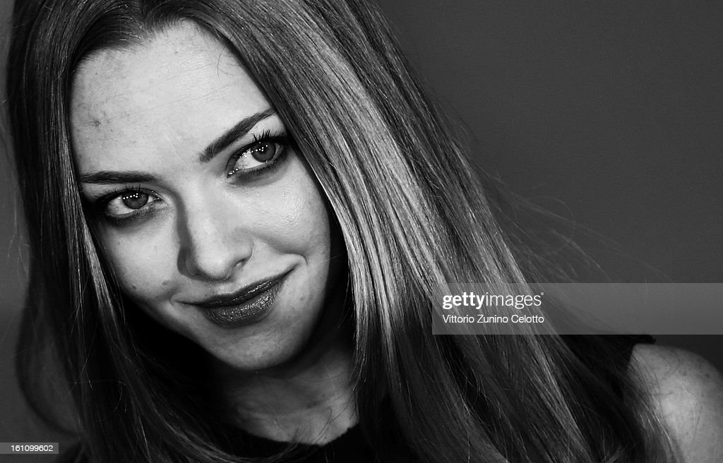 Actress <a gi-track='captionPersonalityLinkClicked' href=/galleries/search?phrase=Amanda+Seyfried&family=editorial&specificpeople=216619 ng-click='$event.stopPropagation()'>Amanda Seyfried</a> attends the 'Lovelace' Photocall during the 63rd Berlinale International Film Festival on February 9, 2013 in Berlin, Germany.
