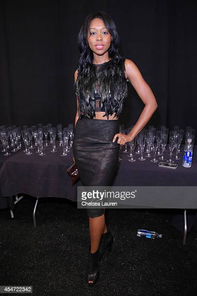 Actress Amanda Warren attends the Nicole Miller fashion show during MercedesBenz Fashion Week Spring 2015 at The Salon at Lincoln Center on September...