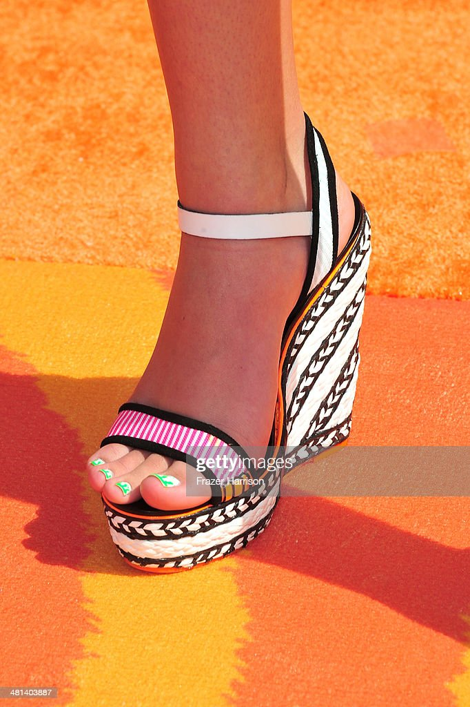 Actress Amber Montana (shoe detail) attends Nickelodeon's 27th Annual Kids' Choice Awards held at USC Galen Center on March 29, 2014 in Los Angeles, California.