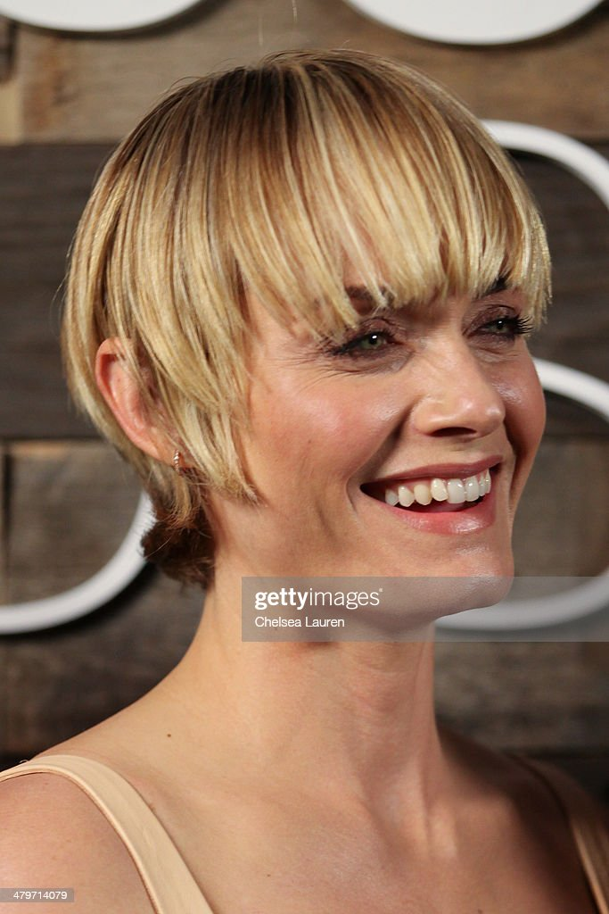 Actress <a gi-track='captionPersonalityLinkClicked' href=/galleries/search?phrase=Amber+Valletta&family=editorial&specificpeople=206940 ng-click='$event.stopPropagation()'>Amber Valletta</a> attends H&M Conscious Exclusive Dinner at Eveleigh on March 19, 2014 in West Hollywood, California.