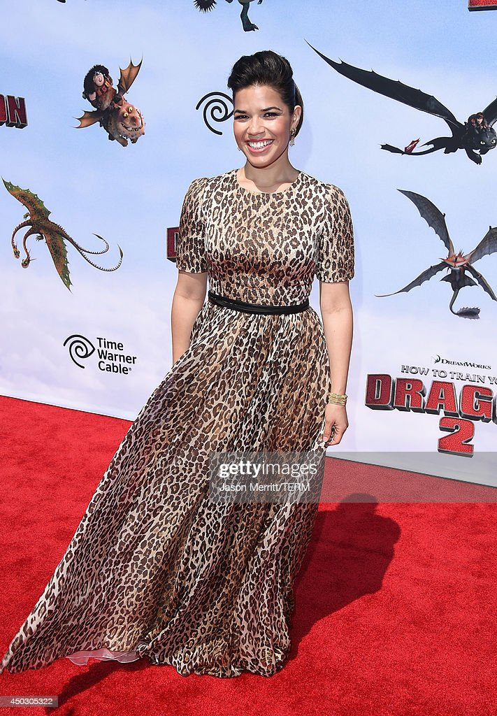 Actress <a gi-track='captionPersonalityLinkClicked' href=/galleries/search?phrase=America+Ferrera&family=editorial&specificpeople=216393 ng-click='$event.stopPropagation()'>America Ferrera</a> arrives at the LA premiere of 'How To Train Your Dragon 2' at the Regency Village Theatre on June 8, 2014 in Westwood, California.