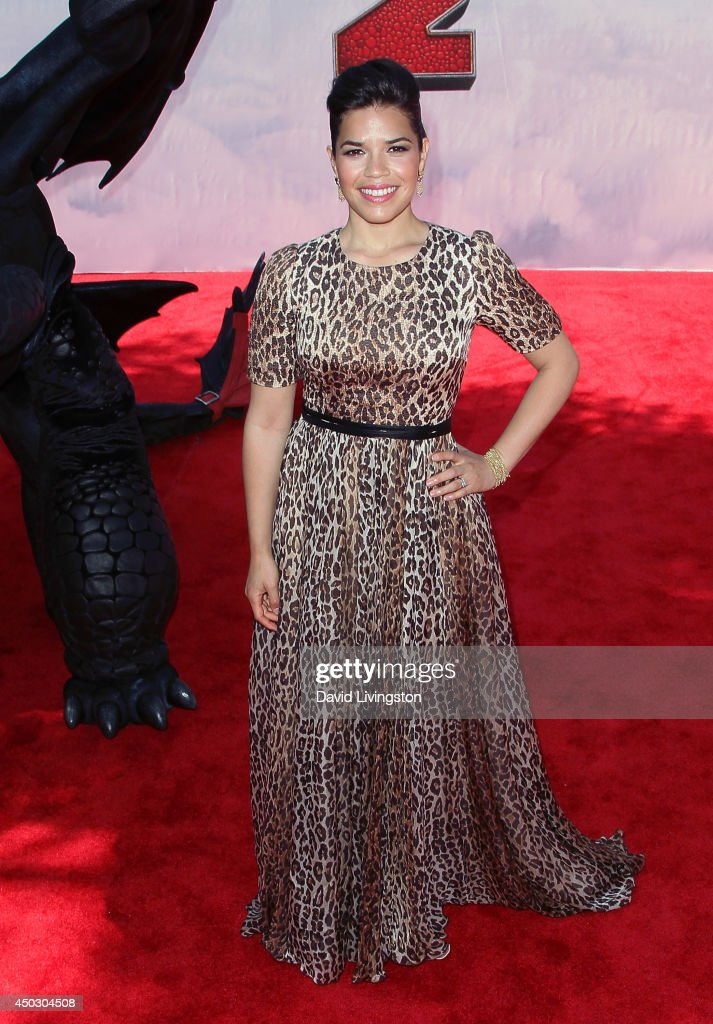 Actress <a gi-track='captionPersonalityLinkClicked' href=/galleries/search?phrase=America+Ferrera&family=editorial&specificpeople=216393 ng-click='$event.stopPropagation()'>America Ferrera</a> attends the premiere of Twentieth Century Fox and DreamWorks Animation 'How to Train Your Dragon 2' at the Regency Village Theatre on June 8, 2014 in Westwood, California.