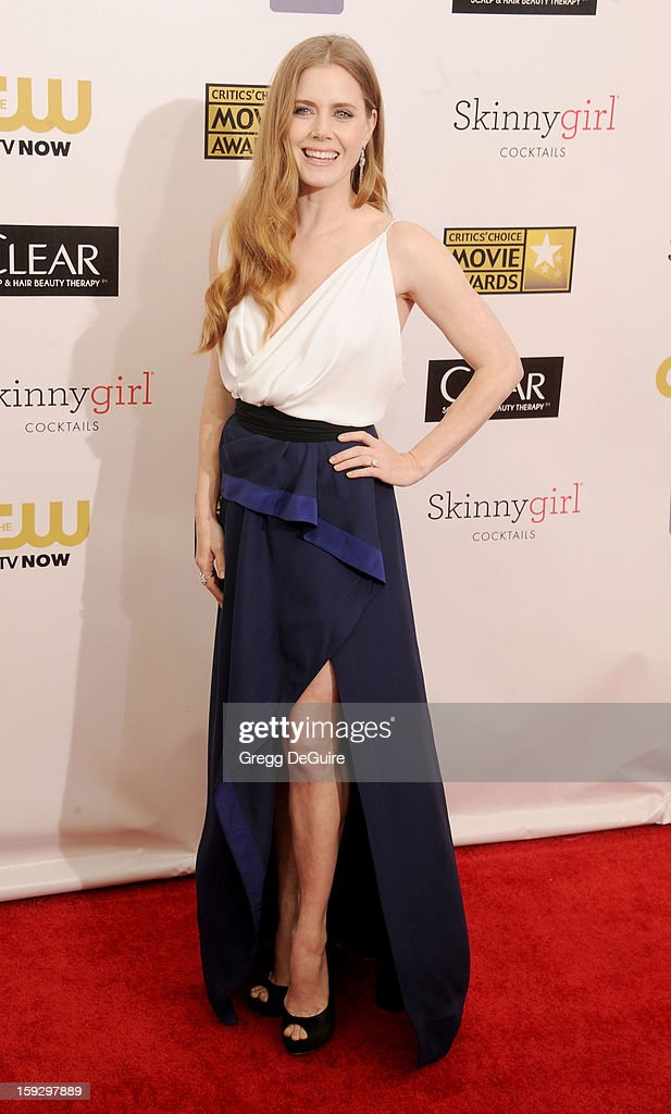 Actress <a gi-track='captionPersonalityLinkClicked' href=/galleries/search?phrase=Amy+Adams&family=editorial&specificpeople=213938 ng-click='$event.stopPropagation()'>Amy Adams</a> arrives at the 18th Annual Critics' Choice Movie Awards at The Barker Hangar on January 10, 2013 in Santa Monica, California.