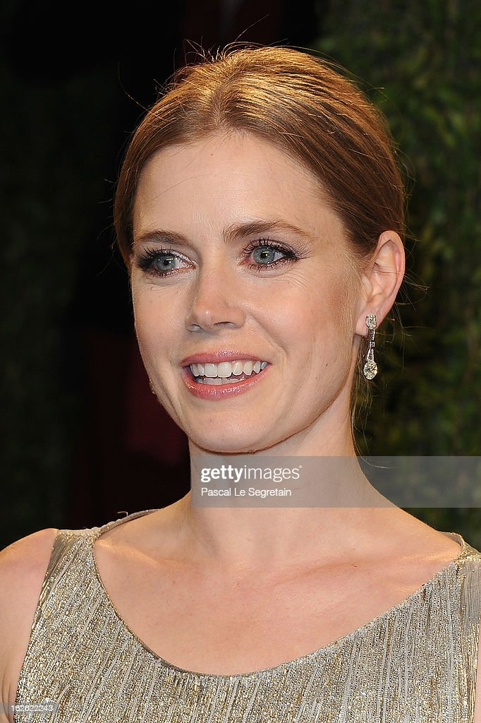 Actress Amy Adams arrives at the 2013 Vanity Fair Oscar Party hosted by Graydon Carter at Sunset Tower on February 24, 2013 in West Hollywood, California.