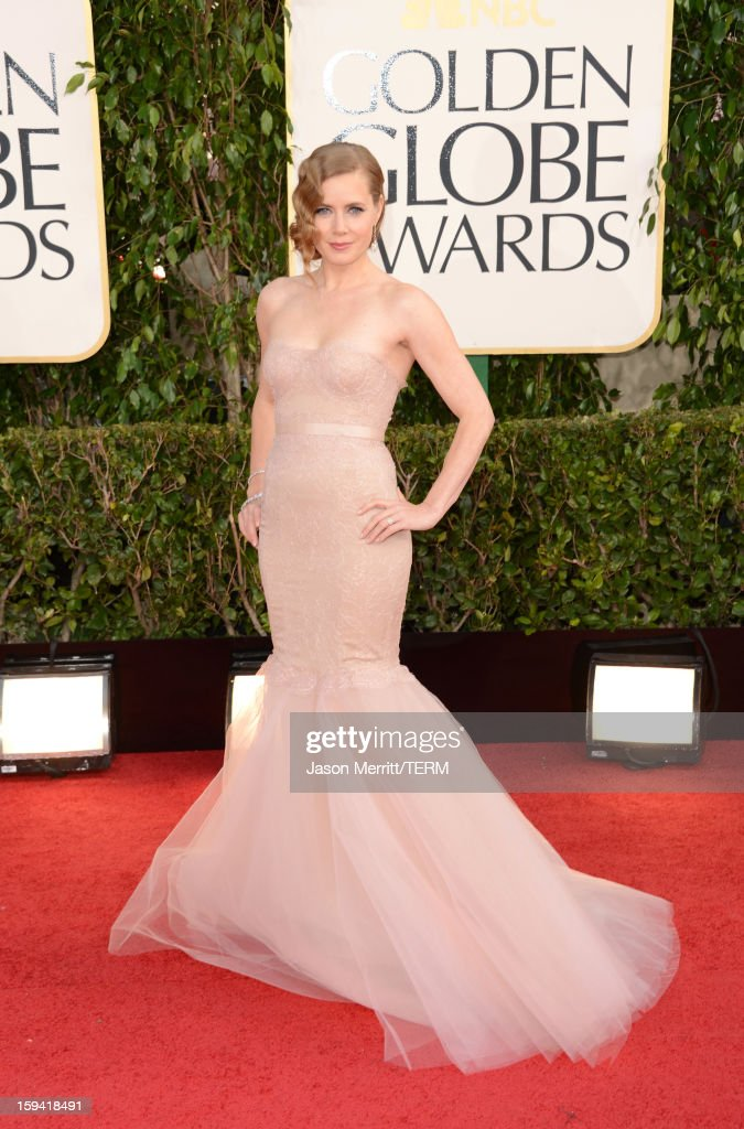 Actress <a gi-track='captionPersonalityLinkClicked' href=/galleries/search?phrase=Amy+Adams&family=editorial&specificpeople=213938 ng-click='$event.stopPropagation()'>Amy Adams</a> arrives at the 70th Annual Golden Globe Awards held at The Beverly Hilton Hotel on January 13, 2013 in Beverly Hills, California.