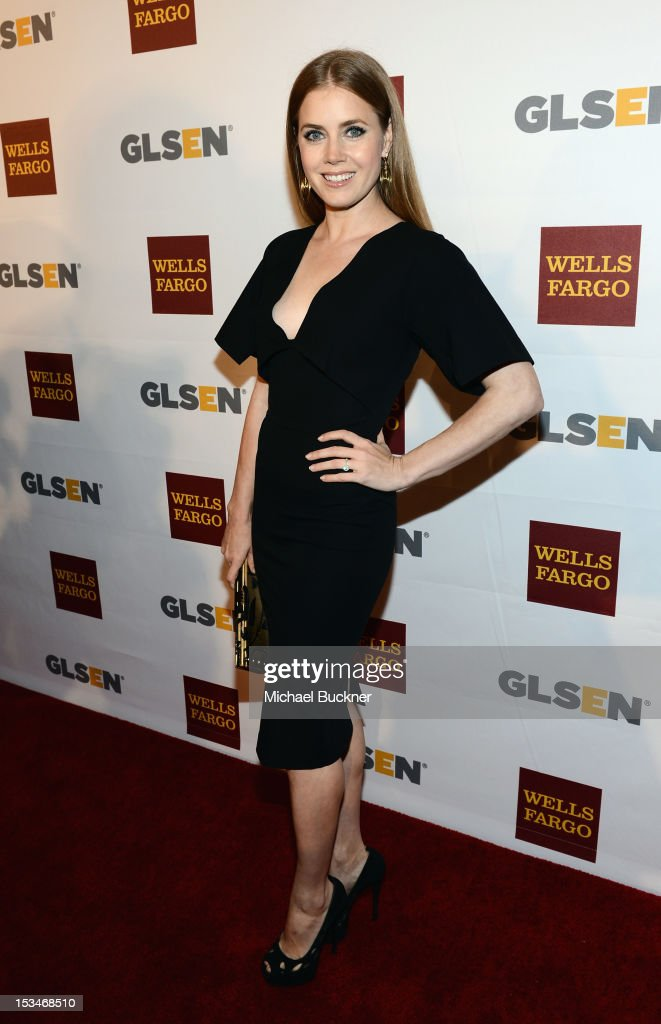 Actress <a gi-track='captionPersonalityLinkClicked' href=/galleries/search?phrase=Amy+Adams&family=editorial&specificpeople=213938 ng-click='$event.stopPropagation()'>Amy Adams</a> arrives at the 8th Annual GLSEN Respect Awards held at Beverly Hills Hotel on October 5, 2012 in Beverly Hills, California.